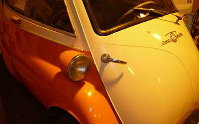 Isetta orange gelb